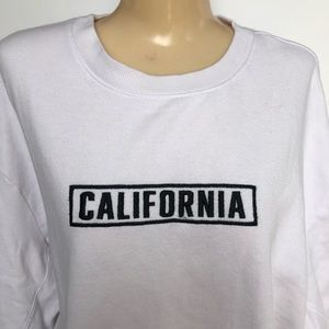 wild fable Tops - WILD FABLE CALIFORNIA GRAPHIC SWEATSHIRT
